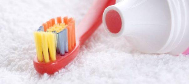 4625-o-creme-dental-infantil-vem-com-slider_medias-2